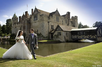 Gemma and Neil Henson wedding at Hever Castle. Photograph by Kenny Hickey